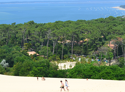 Stunning views of beach and sea at Azu Rivage