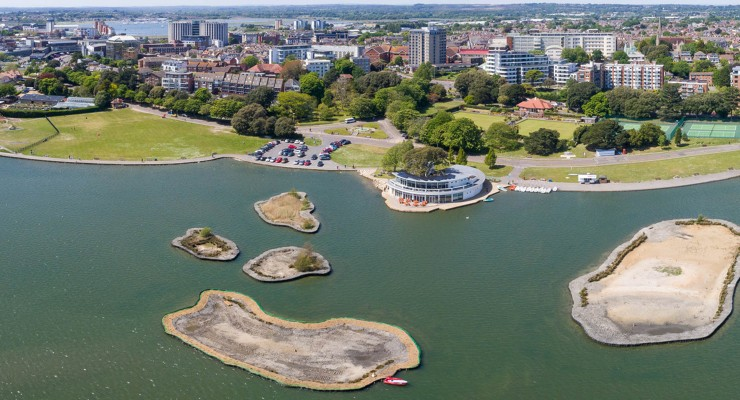 Poole Park Lake - so many group activities to enjoy!